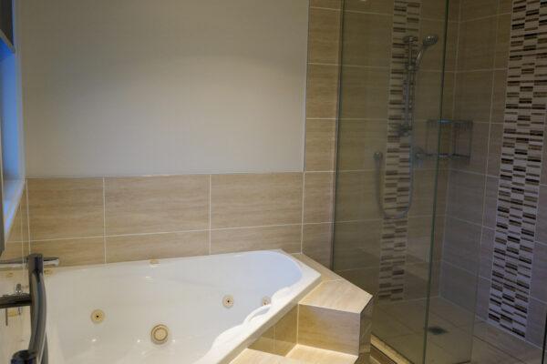 Bathroom_0006_DSC05451