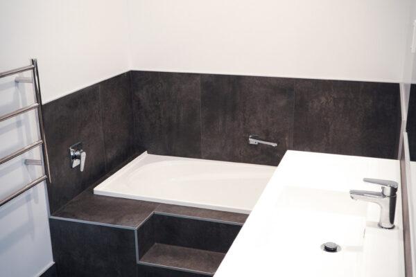 Bathroom_0009_DSC01870