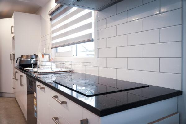 Kitchen_0003_DSC01844